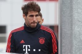 آلمان/بایرن مونیخ/هافبک اسپانیایی/Germany/Bayern munich/Spanish midfielder