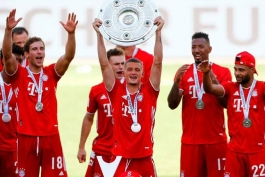 آلمان / بایرن مونیخ / نقل و انتقالات بایرن مونیخ / انتقال کویزانس / Bayern Munich