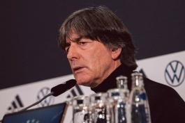 یواخیم لوو: در حال حاضر دلیلی برای دعوت مولر، بواتنگ و هوملس به تیم ملی آلمان نمی بینم