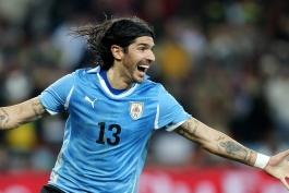 سباستین آبرو، مهاجم سابق تیم ملی اروگوئه به سی امین تیم دوران فوتبالش پیوست!