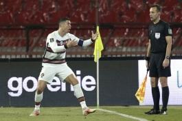 کمک داوری که گل کریستیانو رونالدو به صربستان را تایید نکرد، از یورو 2020 محروم شد