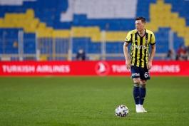 واکنش مسوت اوزیل به سوپرلیگ اروپا: کودکان با رویای فتح جام جهانی و لیگ قهرمانان بزرگ می شوند