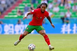 لیل/هافبک پرتغالی/میلان/Lille/Portuguese midfielder