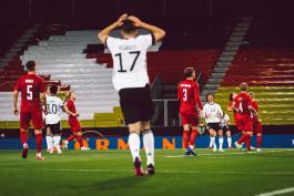 آلمان 1-1 دانمارک؛ تیرک دروازه، عامل تعیین کننده مصاف فینالیست های یورو 92