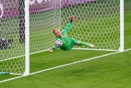 دروازه بان تیم ملی دانمارک