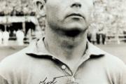 جاست فونتاین آقای گل جام جهانی 1958 با 13 گل زده