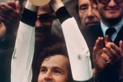 فرانتس بکن بائر و قهرمانی در جام جهانی