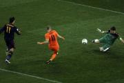 جدال روبن و کاسیاس در فینال جام جهانی 2010