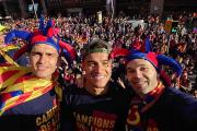 بارسلونا-شهر بارسلون-لالیگا-کوپا دل ری-دوگانه اسپانیا-طرفداران بارسلونا-جشن قهرمانی در خیابان