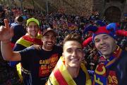 شهر بارسلون-لالیگا-کوپا دل ری-دوگانه اسپانیا-طرفداران بارسلونا-جشن قهرمانی در خیابان